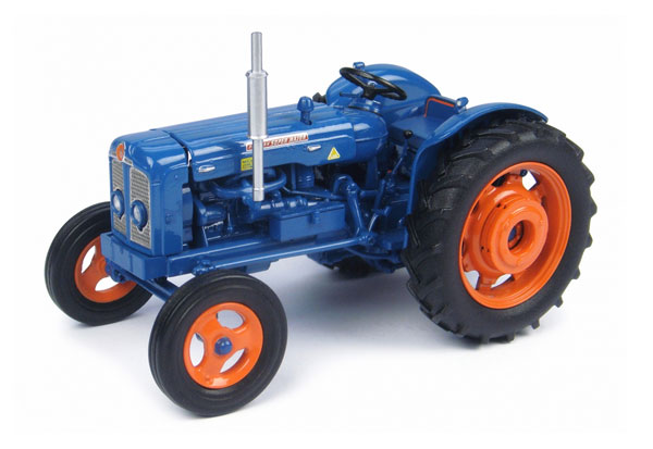 4881 - Universal Hobbies Fordson Super Major Tractor