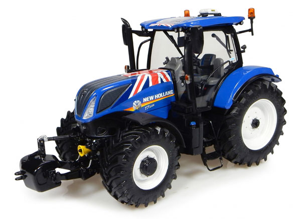 4901 - Universal Hobbies New Holland T7225 Tractor UK Flag