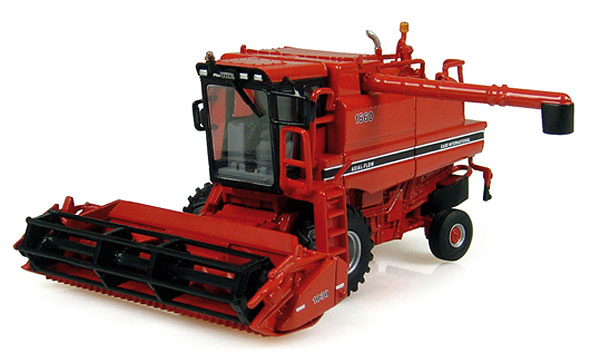 6103 - Universal Hobbies Case IH Axial Flow Combine Diecast metal