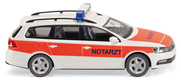 007116 - Wiking Emergency Doctors Car Volkswagen Passat B7