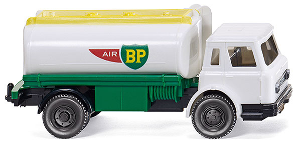 080749 - Wiking BP International Harvester Tanker Truck