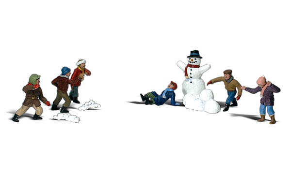 A2183 - Woodland Scenics Snowball Fight 10 Piece Set N Scale