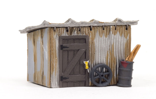 BR5056 - Woodland Scenics Tin Shack HO Scale Built and
