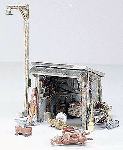 D216 - Woodland Scenics Scenic Details Tool Shed HO Scale