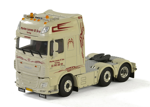 01-2207 - WSI Model Morten Larsen Son DAF XF