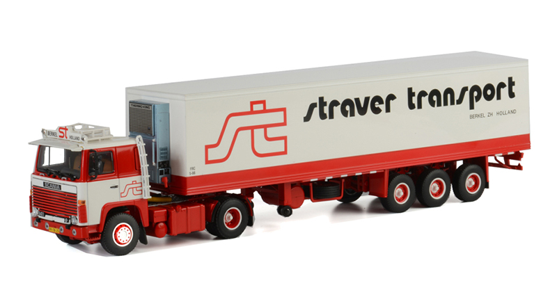 06-1025 - WSI Model Straver Transports Scania 111_141 Tractor