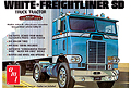 AMT - 1004 - Freightliner Single