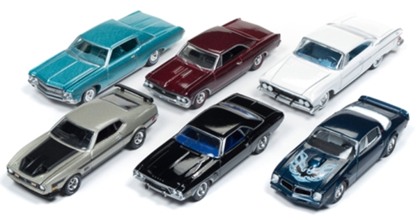 64172-B-CASE - Auto World 1 64 Diecast Premium 2018