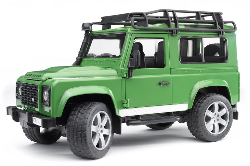 02590 - Bruder Toys Land Rover Defender Station Wagon Pro Series