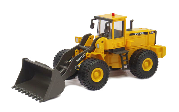 560-002 - Cararama Volvo L150C Wheel Loader