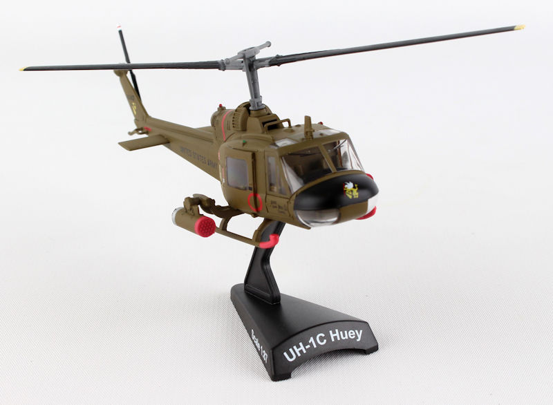 PS5601 - Daron UH 1C US Army Huey Gunship 1ST