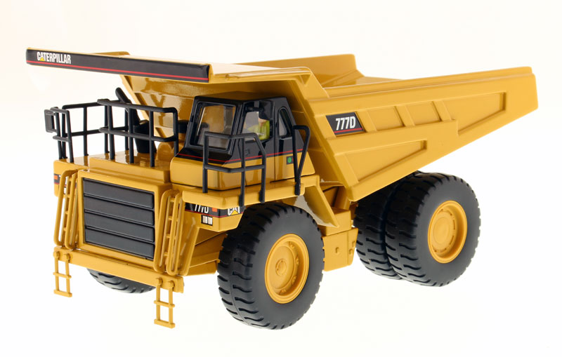 85104 - Diecast Masters Caterpillar 777D Off Highway Dump Truck Core