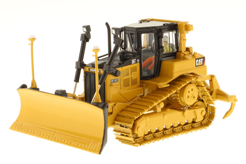85197 - Diecast Masters Caterpillar D6T XW VPAT Track Type Tractor
