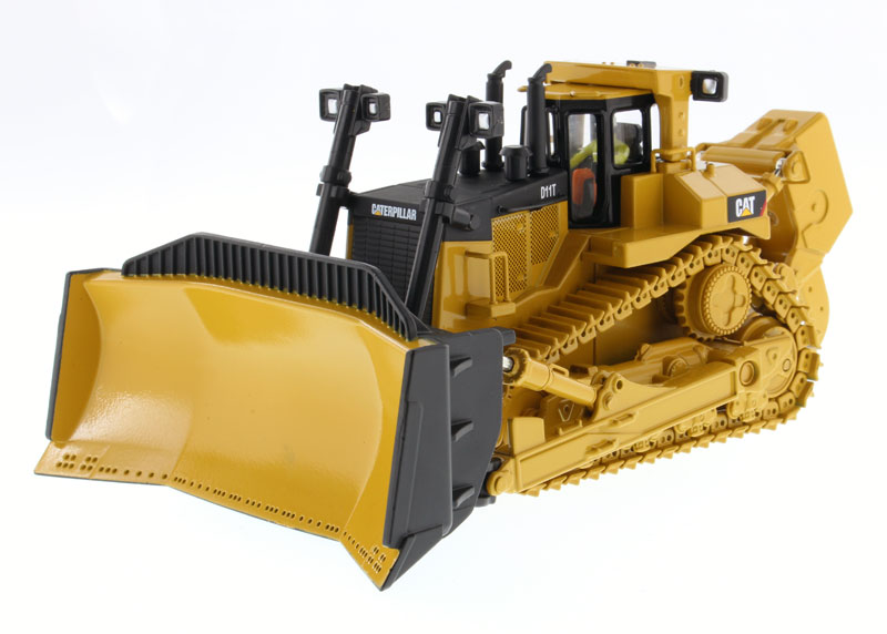 85212 - Diecast Masters Caterpillar D11T Track Type Tractor High Line