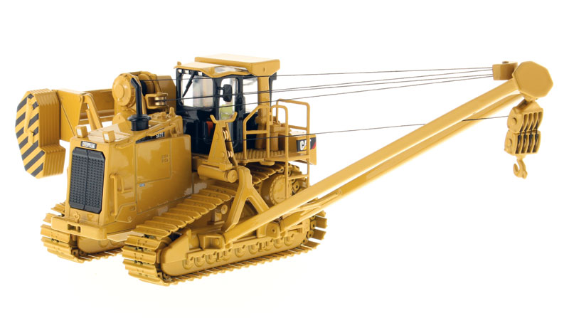 85272 - Diecast Masters Caterpillar 587T Pipelayer High Line Series detailed