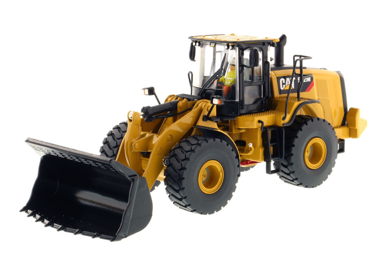 85927 - Diecast Masters Caterpillar 972M Wheel Loader High Line Series