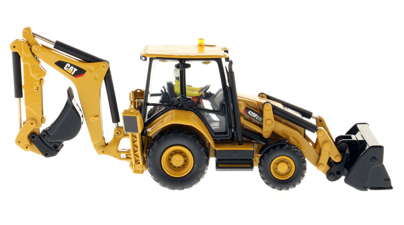 Diecast masters caterpillar 420f2 it backhoe loader high line price 7799 msrp 10399 fandeluxe Gallery
