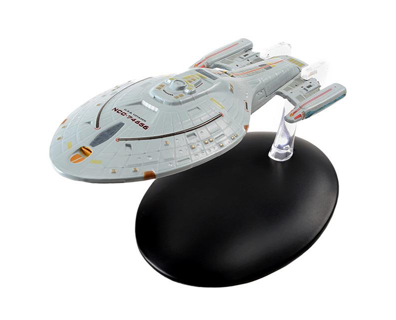 STSUK005 - Eaglemoss USS Voyager NCC 74656 Intrepid Class Starship