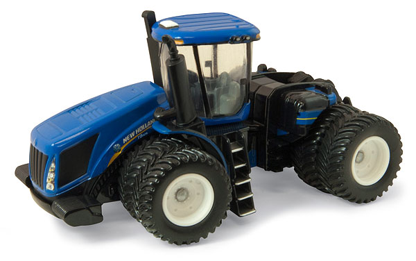 13845 - ERTL Toys New Holland T9615 4WD Tractor