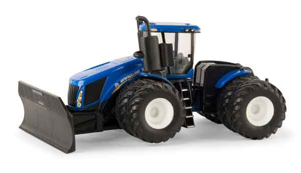 13869 - ERTL Toys New Holland T9645 Tractor