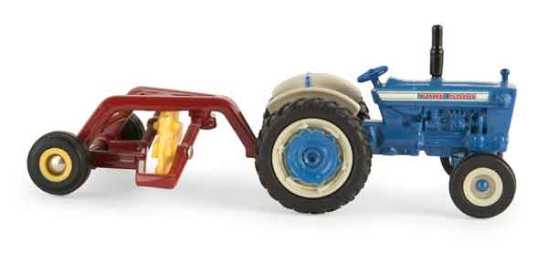 13883 - ERTL Toys Ford 5000 Tractor