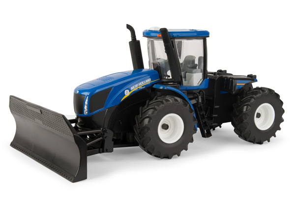 13925 - ERTL Toys New Holland T9560 Tractor