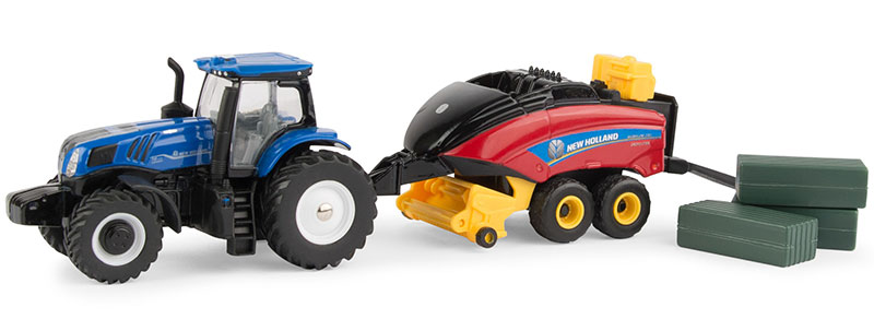 13948 - ERTL Toys New Holland T8380