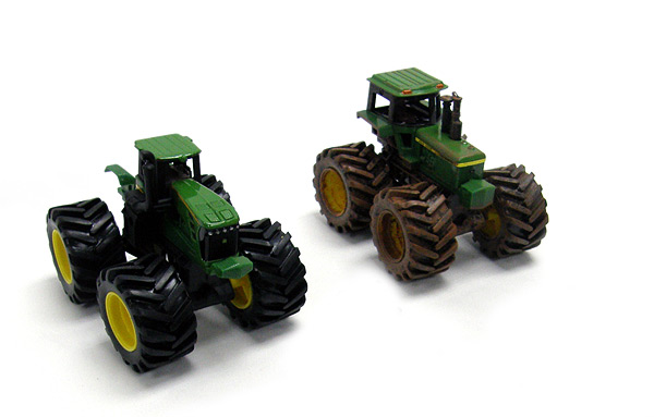 35093 - ERTL Toys John Deere Monster Treads 2 Pack