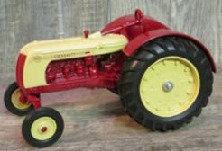 4123PA - ERTL Toys Cockshutt 40 Deluxe Wide Front Tractor 1988
