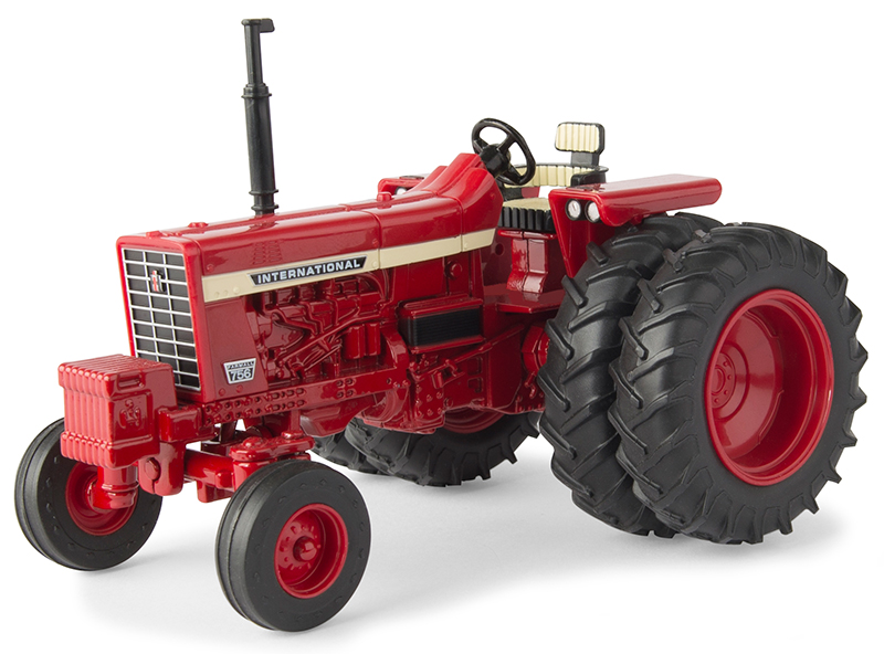 44131 - ERTL Toys Farmall 756 Open Station Tractor
