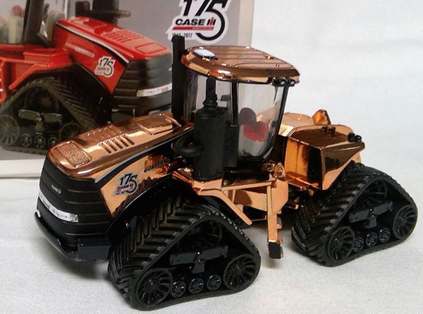 44157A-SP - ERTL Toys Case IH Quadtrac Articulated Tractor COPPER CHASE