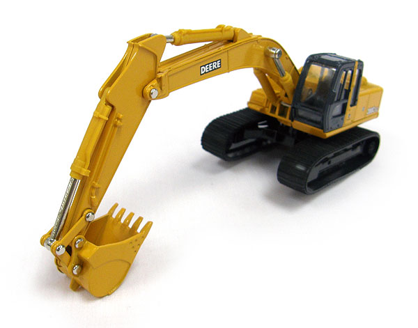 45226V - ERTL Toys John Deere 200C LC Excavator Both detailed
