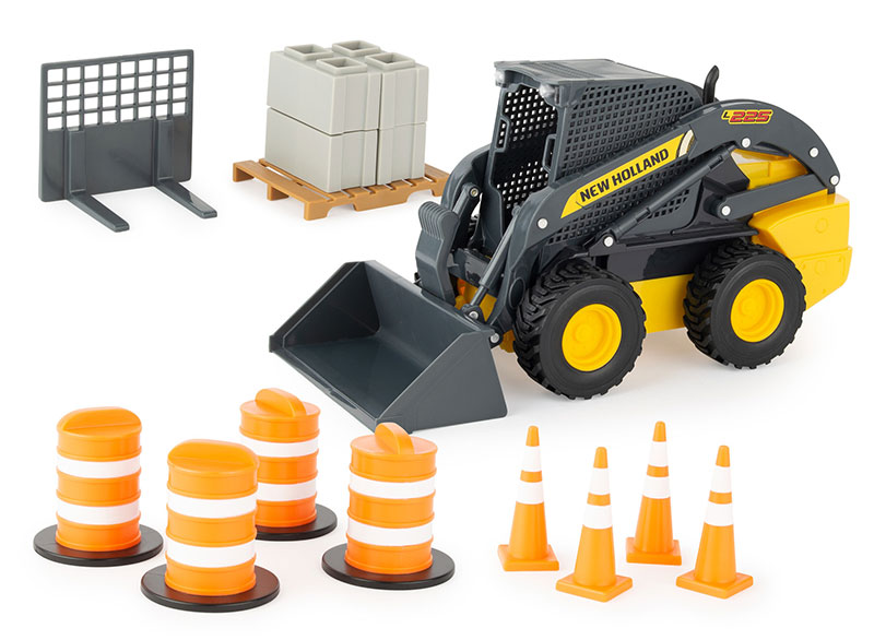 47351 - ERTL Toys New Holland Skid Steer Playset Big Farm