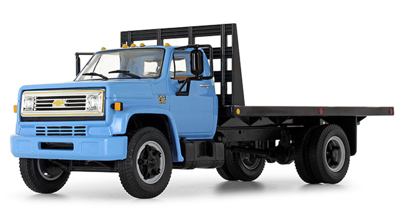 10-4217 - First Gear Replicas 1970 Chevrolet C65 Flatbed Truck