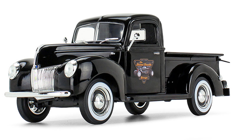 49-0393B5 - First Gear Replicas The Busted Knuckle Garage 1940 Ford Pickup