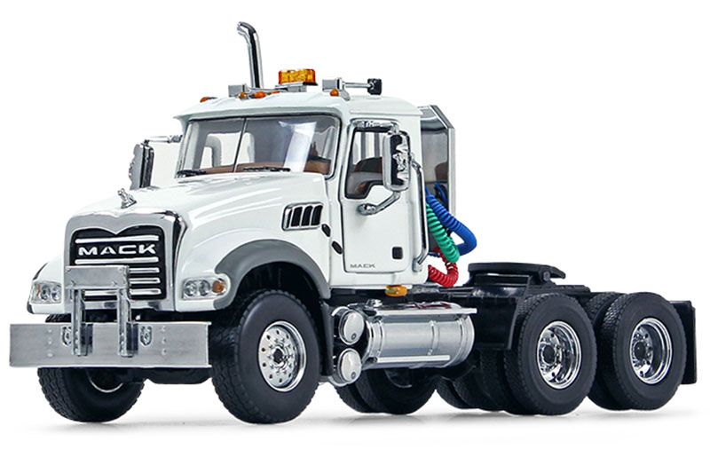 50-3115C - First Gear Replicas Mack Granite MP