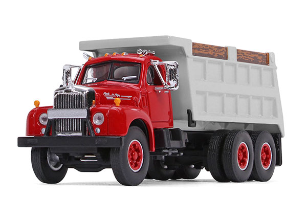 60-0401 - First Gear Replicas Mack B 61 Dump Truck