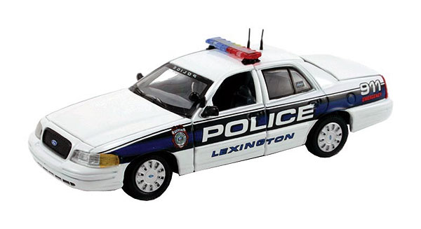 PR-136 - First Response Lexington KY Ford Crown Victoria Police