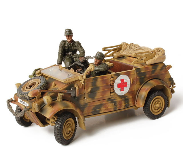 82007 - Forces Of Valor WWII German Kubelwagen Type 82 Holland