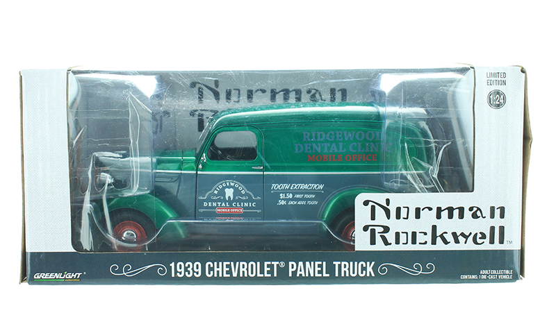 18249-SP - Greenlight Diecast Ridgewood Dental Clinic 1939 Chevrolet Panel Truck