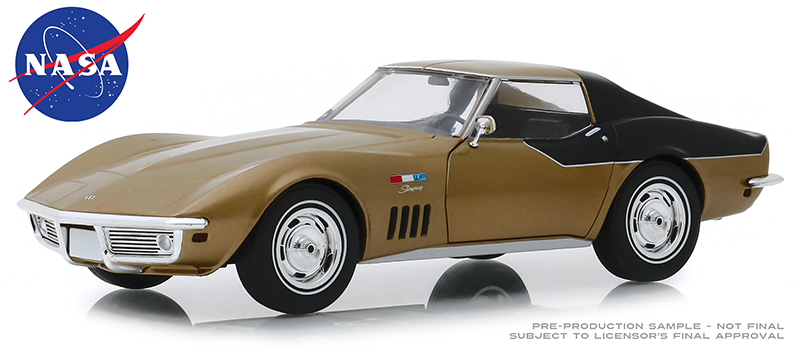 18254 - Greenlight Diecast NASA Apollo XII Astronauts 1969 Chevrolet Corvette