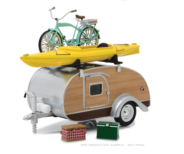 18430-A - Greenlight Diecast 1947 Tear Drop Travel Trailer