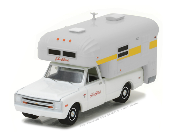 29865 - Greenlight Diecast 1968 Chevrolet C20 Cheyenne