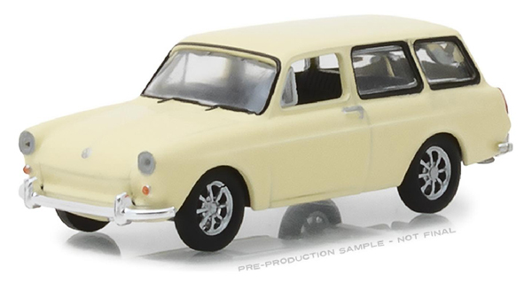 29920-D - Greenlight Diecast 1966 Volkswagen Type 3 Squareback Club V
