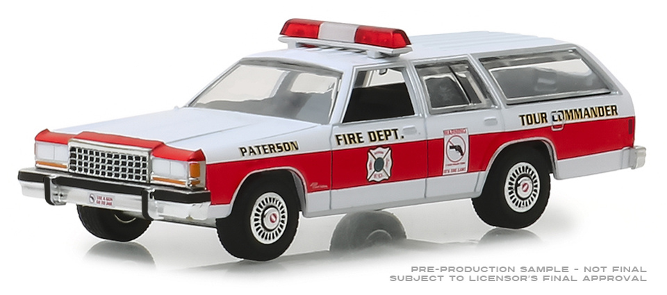 30024 - Greenlight Diecast Patterson New Jersey Fire Department 1985 Ford