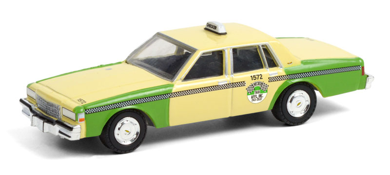 30233 - Greenlight Diecast Chicago Checker Taxi Affl