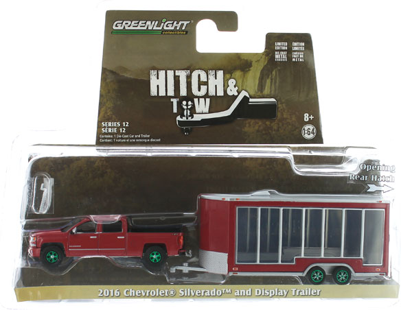 32120-B-SP - Greenlight Diecast 2016 Chevrolet Silverado and Glass Display Trailer