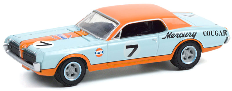 41130-B - Greenlight Diecast Gulf Racing 1967 Mercury Cougar XR7 Trans