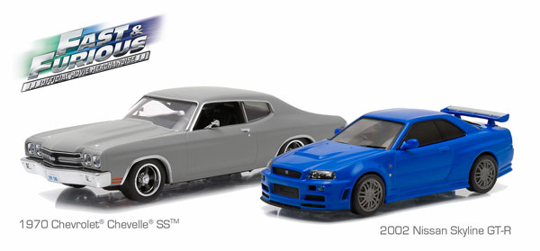 86252 - Greenlight Diecast 1970 Chevrolet Chevelle SS and 2002 Nissan