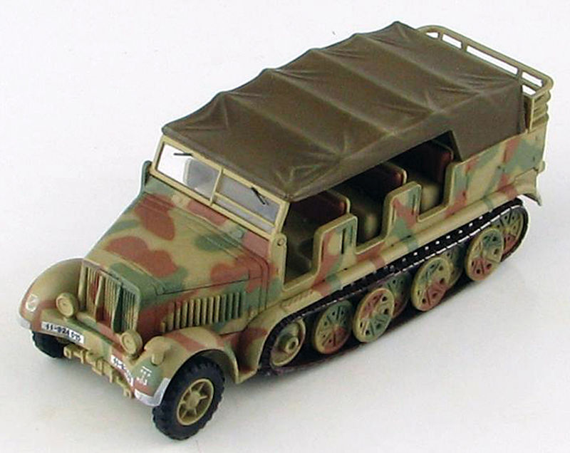 HG5005 - Hobby Master SdKfz 7 8 ton Halftrack World War